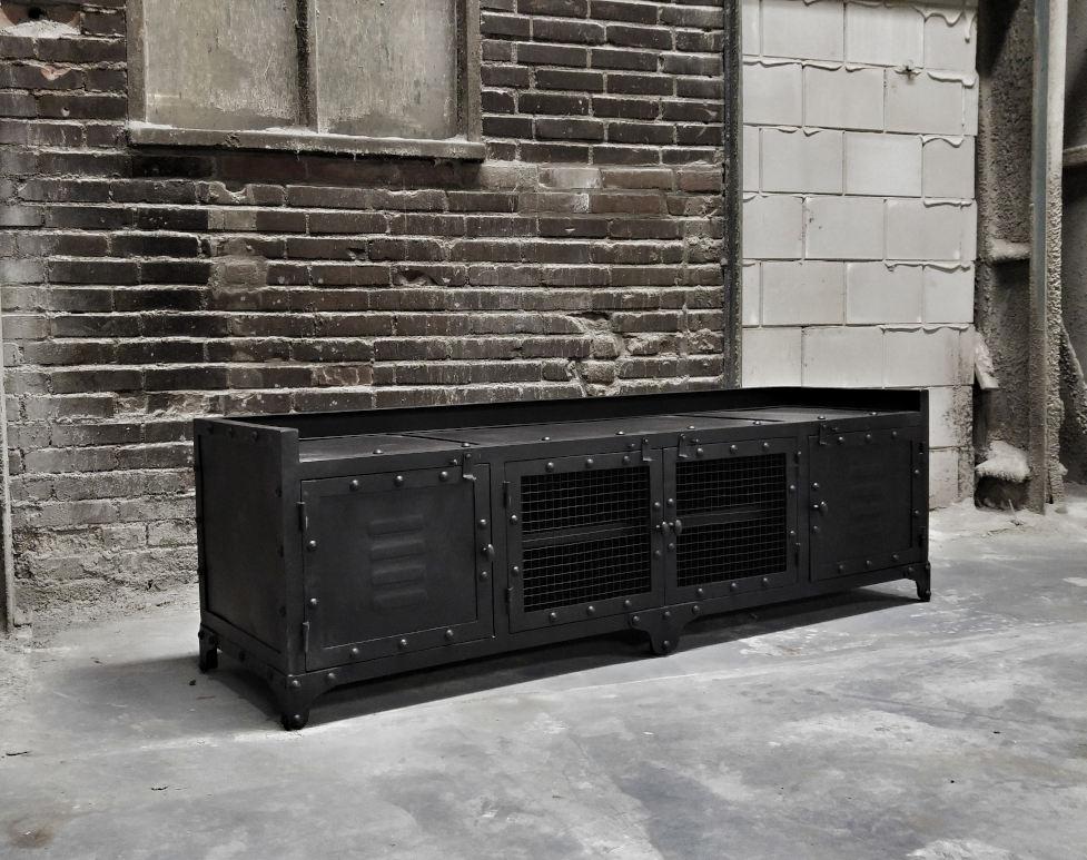 Tv meubel industrieel